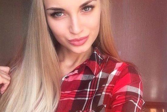 Hot Russian girls wait for you