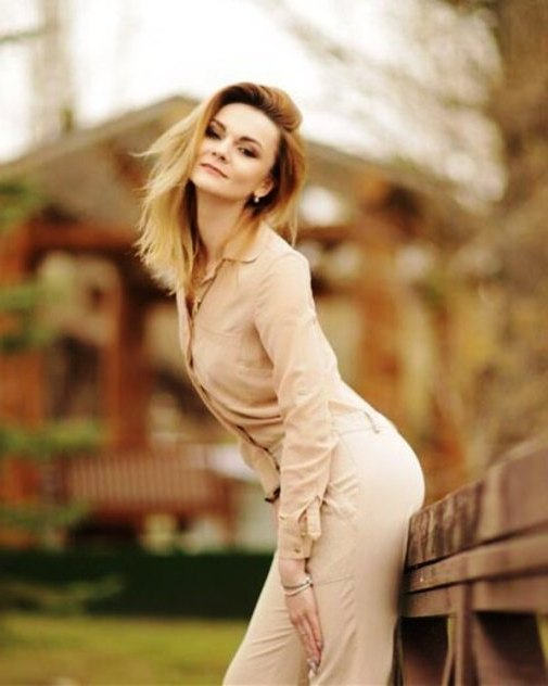 Russian women searching for romance and marriage with western men