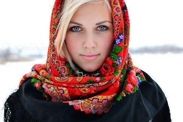 Discussing the beauty of Russians